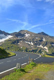 Alto camino alpestre de Grossglockner. fotografía de archivo
