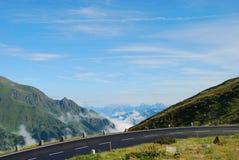 Alto camino alpestre de Grossglockner. foto de archivo libre de regalías