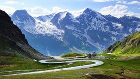 Alto camino alpestre de Grossglockner. Austria fotos de archivo