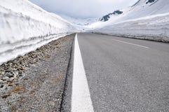 Alto camino alpestre, Timmelsjoch, Austria foto de archivo libre de regalías