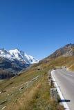 Alto camino alpino Carinthia Austria de Grossglockner Imagen de archivo libre de regalías
