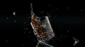 Alto chapoteo del vidrio de cóctel del res stock de ilustración