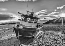 Alto- e - asciutto su una spiaggia nel Donegal fotografia stock