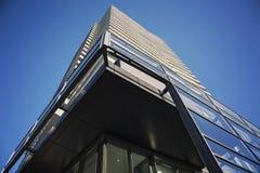 Alto edificio de la propiedad horizontal de la subida en Toronto Fotografía de archivo libre de regalías