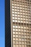 Alto edificio de la subida Fotos de archivo libres de regalías