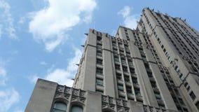 Alto edificio de la subida Imagen de archivo libre de regalías