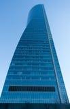 Alto edificio de la subida Fotos de archivo