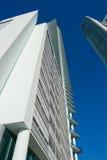 Alto edificio de la subida de Miami Imagen de archivo libre de regalías