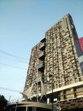 Alto edificio de la subida en Bangkok Fotos de archivo libres de regalías