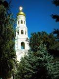 Alto edificio, el campanario Foto de archivo libre de regalías