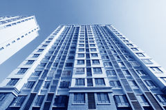 Alto edificio inacabado de la subida Fotos de archivo libres de regalías