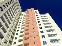 Alto edificio residenziale Fotografia Stock Libera da Diritti