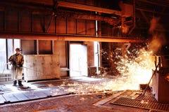 Alto-forno em uma planta metalúrgica fotos de stock