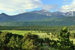 Alto paesaggio alpino del parco nazionale splendido delle montagne rocciose, Colorado immagini stock