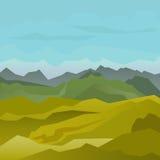 Alto paisaje verde de las montañas con el cielo azul Imágenes de archivo libres de regalías