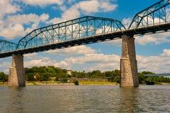Alto ponte pedonale Fotografie Stock