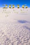 Alto que eleva y mantiene flotando de saludo de la Feliz Año Nuevo 2016 para arriba Foto de archivo libre de regalías