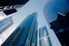 alto rascacielos, centro de negocios en la ciudad Foto de archivo