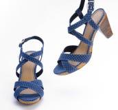 Alto sandalo tallonato blu Fotografia Stock Libera da Diritti