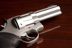 Alto vicino del revolver Fotografie Stock Libere da Diritti