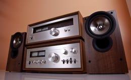 Altofalantes estereofónicos do afinador do amplificador do vintage Foto de Stock Royalty Free