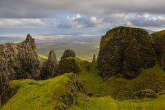 Altopiani scozzesi e colline verdi - isola di Skye Immagini Stock