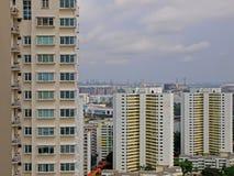 Altos apartamentos de la subida Fotos de archivo
