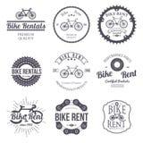 Aluguel da bicicleta Grupo de logotipo retro do vintage Vetor Imagem de Stock Royalty Free