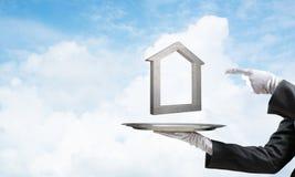 Aluguel dos bens imobiliários e conceitos comprar Imagens de Stock Royalty Free