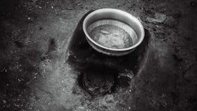 Aluminium Emaliujący basen Na ziemi obrazy royalty free