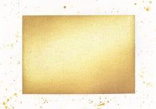 Aluminium métallique texturisé d'or sur le fond blanc photographie stock libre de droits