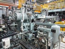 Aluminium maskin för utstötning Royaltyfri Foto