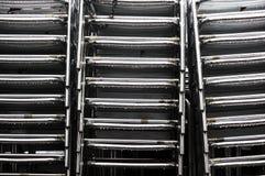 Aluminium Staplungsstühle Stockfoto