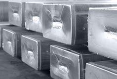 Aluminiumbarren BW stockbilder