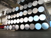 Aluminum cylindrar royaltyfri foto