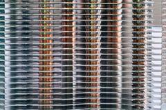 Aluminum element med den kopparnärbilden för värmerör med härlig bokeh royaltyfri bild