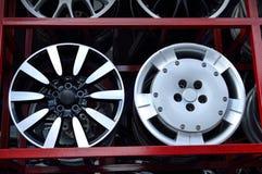 Aluminum hjulkant för bil Fotografering för Bildbyråer