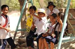 Alumno vietnamita que juega después de escuela Foto de archivo libre de regalías