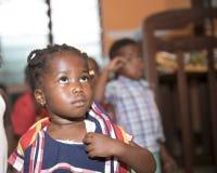 Alumnos b?sicos de Ghana, ?frica occidental imagenes de archivo
