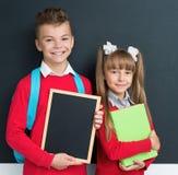 Alumnos de nuevo a escuela Fotografía de archivo libre de regalías