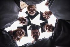 Alumnos jovenes felices Imagen de archivo