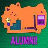 Alunos da escrita do texto da escrita Celebração graduada velha da academia da faculdade do recolhimento do pós-graduado do alume ilustração stock