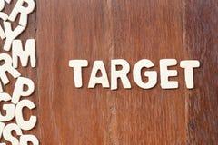 Alvo da palavra feito com letras de madeira do bloco Fotografia de Stock Royalty Free