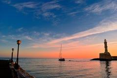 Alvoreça no porto de Chania na Creta Grécia Fotos de Stock