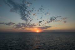 Alvorecer do mar Imagem de Stock Royalty Free