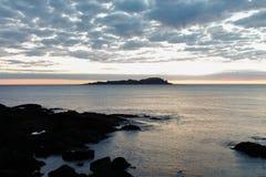 Alvorecer esplêndido da praia de Mundaka Foto de Stock Royalty Free