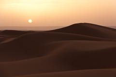Alvorecer no deserto Imagem de Stock Royalty Free
