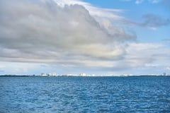 Alvorecer no mar das caraíbas Fotografia de Stock Royalty Free