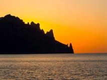 Alvorecer no Mar Negro Volcano Kara-Dag Foto de Stock Royalty Free