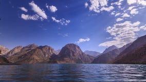 Alvorecer sobre o lago Tajiquistão, Iskander-Kul tim video estoque